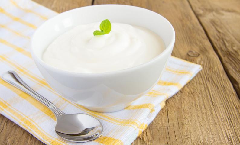 ăn sữa chua giảm đau bao tử